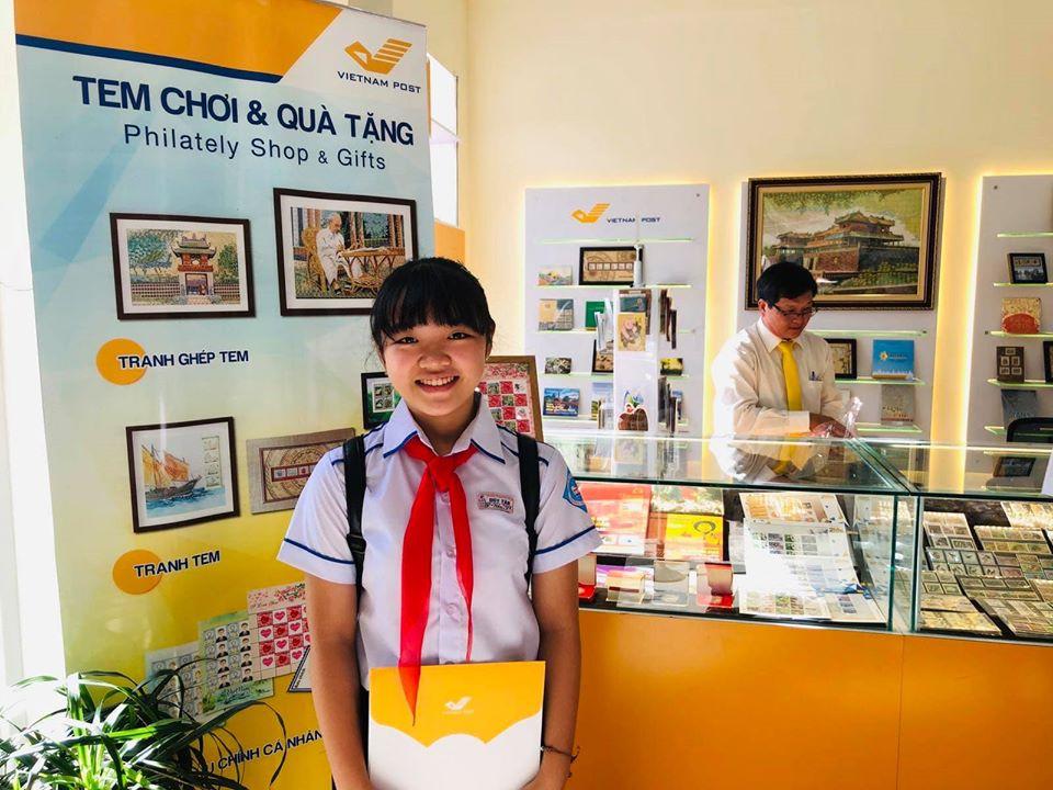 Em Phan Hoàng Phương Nhi - giải nhất Cuộc thi Viết thư quốc tế UPU lần thứ 49